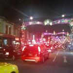 namanya juga festival lampu, disepanjang jalan di litte India dihias lampu cantik warna-warni