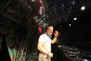 Dash Berlin Performance. foto dari fotografer resmi DF
