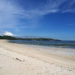 pantai pasir putihnya JUARA